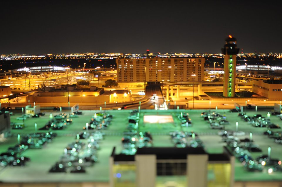 DFw-airport-at-night